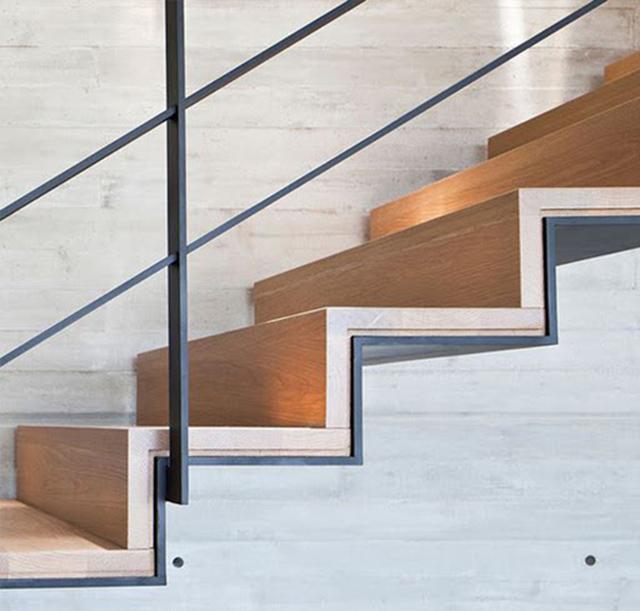 Độ cao của bậc cầu thang